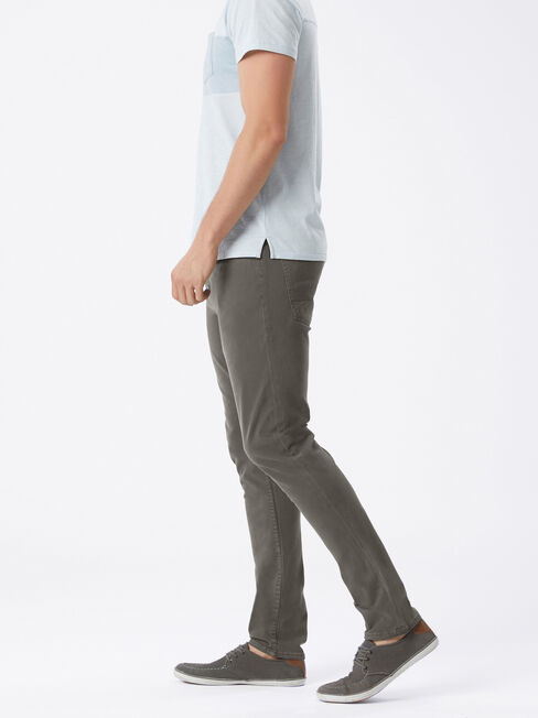 Slim Tapered Jeans Flint, GarmentDye, hi-res